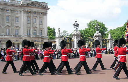 Changing of the Queen's Guard at the royal residence, Buckingham Palace Buck.palace.soldiers.arp.jpg