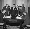 Bundesarchiv B 145 Bild-F008013-0003, Auswärtiges Amt, Gastarbeiter-Vertrag mit Spanien.jpg