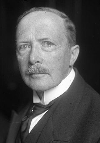 Fehrenbach cabinet - Walter Simons