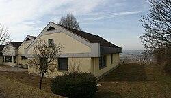 Burgauberg-Gemeindehaus.jpg