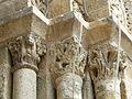 Bussière-Badil église portail chapiteaux (1).JPG