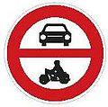 CZ-B11 Zákaz vjezdu všech motorových vozidel.jpg
