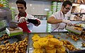 Candy stores in Tehran, during Ramadan (1391050315381536).jpg