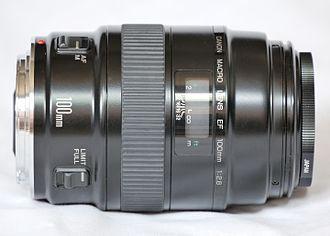 Canon EF 100mm lens - Image: Canon 100mm Macro Lens non USM