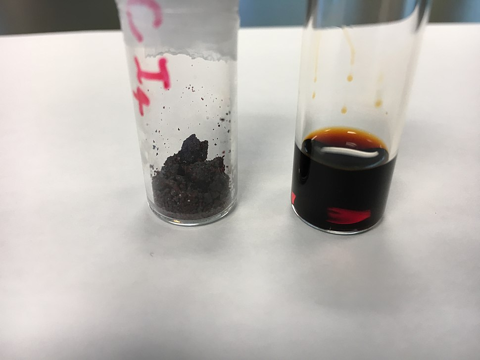 Carbon tetraiodide crystals and solution