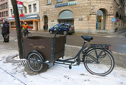 Very small freight transporter - a cargo tricycle Cargo tricycle in Stockholm.jpg