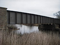 Castle Donington railway viaduct 2018 (6).jpg