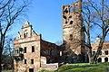 Castle in Tworkow. Poland - panoramio.jpg