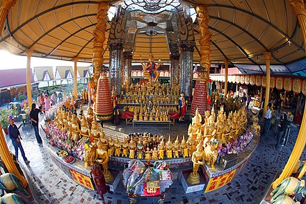 "Temple of Brahma, or Simianshen (Si Mian Shen  ""Four-Faced God"") in Chinese, in Changhua, Taiwan. The Thai-style worship of Simianshen has its origins among Thai Chinese, and has spread over the last few decades among Mainland Chinese and Overseas Chinese populations. Ch-brahma-temple.jpg"