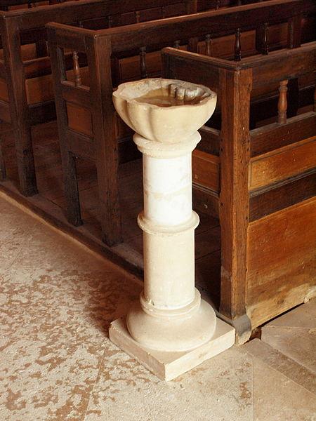 File:Champigny-FR-89-église-intérieur-D6.jpg