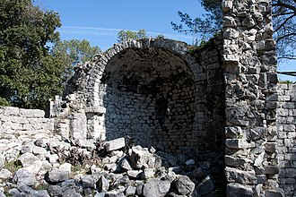 Roquefort-les-Pins - Ruins of the chateau