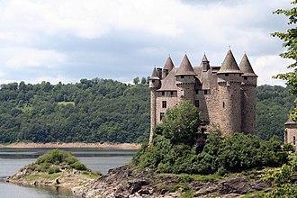 Cantal - Image: Chateau de val