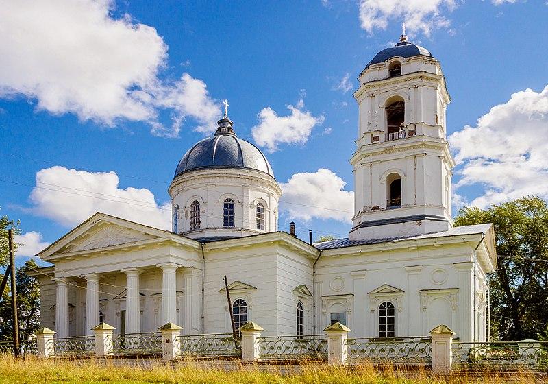 File:Church in pozhva 01.jpg