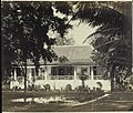 Collectie NMvWereldculturen, RV-A42-1-12, Foto, 'Particulier woonhuis in Batavia', fotograaf Woodbury & Page, ca. 1875.jpg