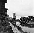 Collectie NMvWereldculturen, TM-20002155, Negatief, 'Sloppenwijken aan de Jalan Thamrin', fotograaf Boy Lawson, 1977.jpg
