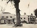 Collectie Nationaal Museum van Wereldculturen TM-60062129 Hotel in Bridgetown Barbados fotograaf niet bekend.jpg