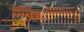 Edificio principal del CosmoCaixa.