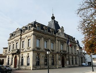 Coutras - Town hall