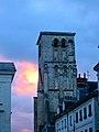 Crépuscule sur St Martin de Tours.jpg