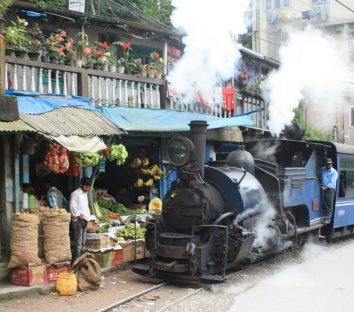 Darjeeling Himalayan Railway - Wikipedia