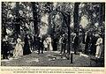 Das württembergische Königspaar mit Gästen im Park des Schlosses Friedrichshafen, 1904.jpg