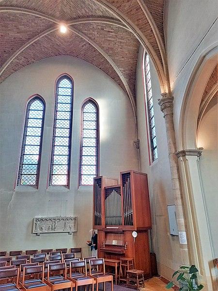 Datei:De Haan, Sint-Monica (Loncke-Orgel) (3).jpg