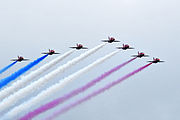Die Red Arrows by the Farnborough Lugskou