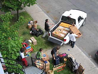 Moving Day (Quebec) - Typical scene of people moving in the Quebec City borough of Limoilou, on July 1, 2007.