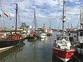 Der Museumshafen voller Schiffe.jpg