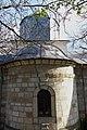 Detaliu cu spatele bisericii fostei mănăstiri din Vizantea Livezi.jpg