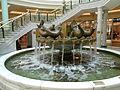 Dolphin fountain, Trafford Centre (2).JPG