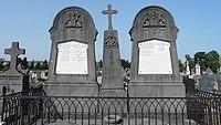 Douai - Cimetière de Douai, tombe de la famille Becquet de Mégille (01).JPG