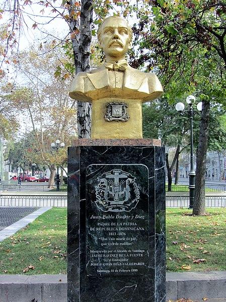 File:Duarte, Juan Pablo -busto en la Alameda, Stgo.jpg