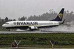 EI-DWJ 737 Ryanair OPO.jpg