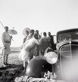 ETH-BIB-Abessinier neben einem Auto-Abessinienflug 1934-LBS MH02-22-0284.tif