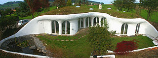 Earth shelter house placed in slope