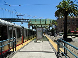 Folsom and The Embarcadero station - Folsom and The Embarcadero station in 2017