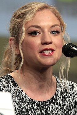 Emily Kinney 2014 Comic Con (cropped).jpg