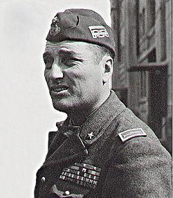 Enrico Pezzi 1942 ritratto.jpg