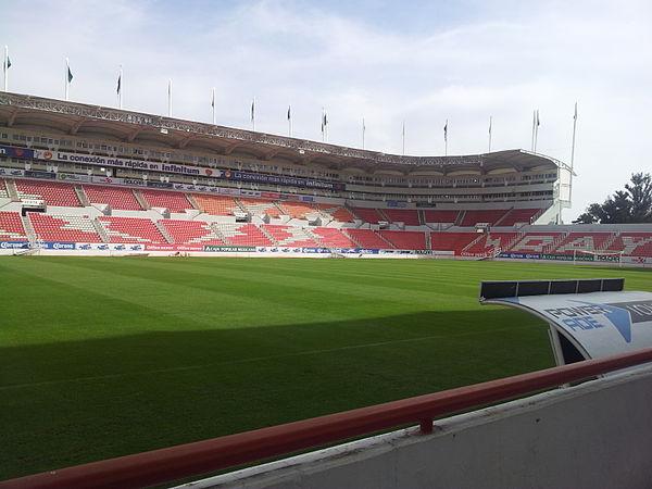 Interior del Estadio Victoria. ba49ea1e6c495