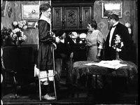 File:Eugénie redresse-toi (1911).webm