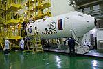 Expedition 49 Preflight (NHQ201609150024).jpg