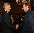 FEMA - 34802 - FEMA Administrator David Paulison shakes hands with Governor Mike Beebe.jpg