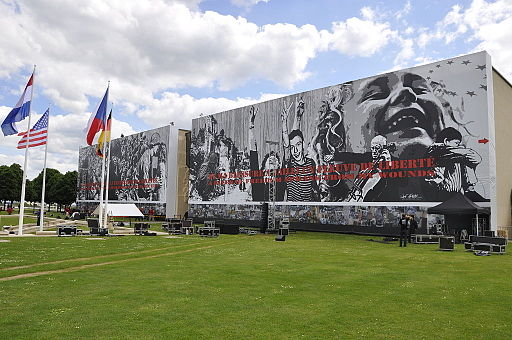 Façade du Mémorial juin 2014