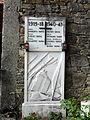 Fascia-monumento ai caduti delle guerre.jpg