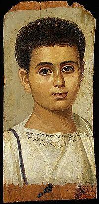 Ταφικό πορτραίτο ενός μικρού αιγύπτιου, δημιουργημένο με εγκαυστική ζωγραφική.