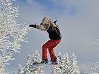 Feldberg - Jumping Snowboarder1.jpg