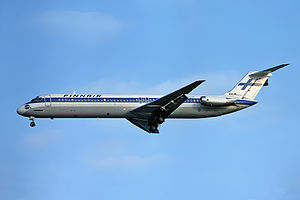 Finnair DC-9-51 OH-LYT at EGLL 19761211.jpg