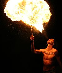 Fire breathing 20060715 7010 collien.jpg
