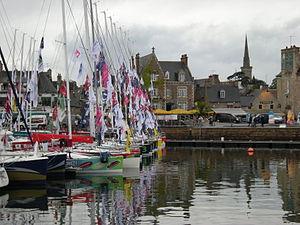 Flotte Figaro 2012 Clocher Paimpol.JPG